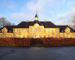 Flyvestation Værløse - Slottet