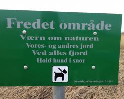 Værebro Å - Roskilde Fjord. Skilt